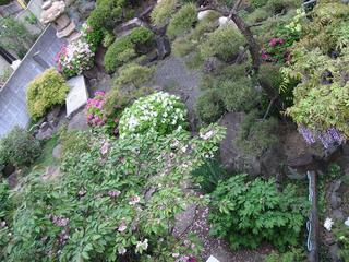 アキリン邸の庭園